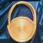 sac à main rond or végétal